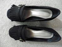 Ladies black suede shoes Size 5EEE New