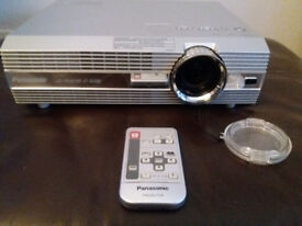 Panasonic LCD Projector PT-AE100E
