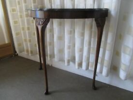 VINTAGE 1930's MAHOGANY VENEER HALF MOON TABLE DEMI LUNE TABLE WITH DETAIL