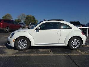 2016 Volkswagen Beetle Coupe Trendline/SUNROOF/BACKUP CAM