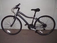 """IMMACULATE Specialized Globe Vienna 16.5"""" Hybrid/Commuter/Town Bike (LIKE NEW) (will deliver)"""
