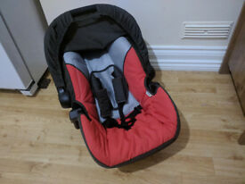 baby car seat, good condition