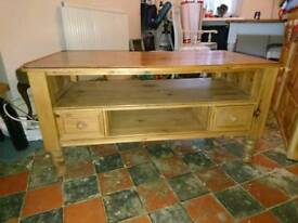 Pine table/TV stand.