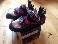 Climbing shoes- La Sportiva Katana