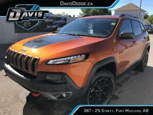 2015 Jeep Cherokee Trailhawk FRESH TRADE-IN!