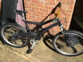 MARIN MOUNTAIN BIKE NEEDS SOME TLC MESSAGE ME IF INTERESTED
