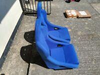 Bucket seats rally race style