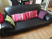 Good condition! Black Leather Sofa 3 Seats/ 4Seats