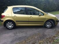 2001 Peugeot 307 1.6 manual full service history ONE YEAR MOT drives very well