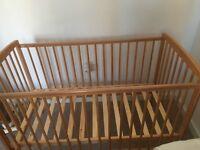 Babystart pine cot
