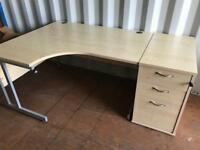 Stunning high quality office deck with draws and files