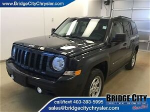 2015 Jeep Patriot North- Keyless Entry, 4x4, Tinted Windows!