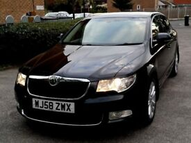 Skoda Superb, Fantastic Condition, Black, Leathers, Screen