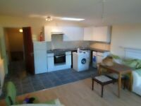 3 bed Cheap as chips, Avila NOW- Tooting Bec GArdens