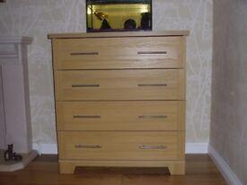Chest of drwaers - wood veneer - very good condition