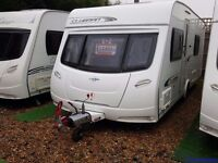 SUPERB 2011 Lunar Clubman SB Fixed Single Beds End Washroom Caravan with MOTOR MOVER