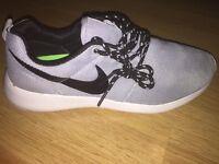 New Nike Running (Grey/White)