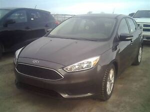 2015 Ford Focus SE HEATED SEATS BACK-UP CAMERA POWER MOONROOF