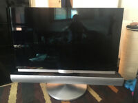 40'' Bang & Olufsen TV with sound bar & Stand