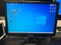 Samsung SyncMaster 2032BW 20 Inch Monitor with cables