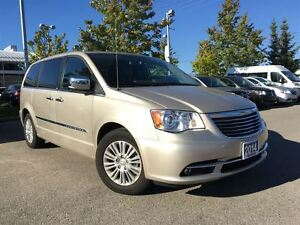 2014 Chrysler Town & Country LIMITED**CROSS PATH DETECTION**NAVI