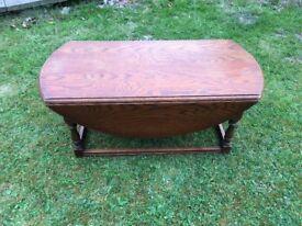 Old Charm Circular Drop Leaf Coffee Table