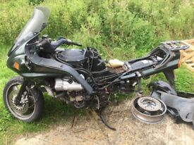 ST 1100 parts (motor, chassi, farings, wheels)