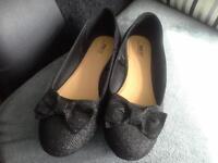 Womens Black glitter shoes size 6