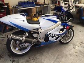 Suzuki gsxr 600 immaculate VERY FAST 12k miles