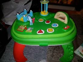 In the night garden table and pull along