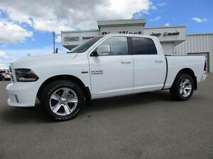 2015 Ram 1500 CREW CAB SPORT 4x4 LEATHER / SUNROOF / CAMERA Edmonton Edmonton Area image 2
