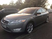 Ford Mondeo Titanium 1.8 / FSH / Keyless entry/start / Xenon lights / Rear sensors / Heated seats