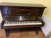 Upright piano *** FREE ***