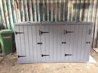Wheelie bin storage (3 bins)