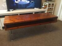 SOLID WOOD TV/COFFEE TABLE
