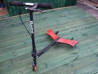 AUTHENTIC RAZOR POWERWING- VERY GOOD CONDITION- SUITABLE FOR CHILDREN UP TO 65KG