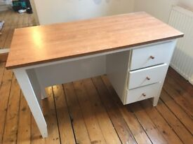 ASAP Lovely white wood / wooden desk ! One night only !