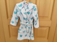 Fluffy hooded dressing gown