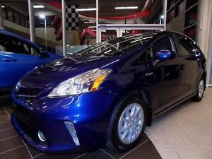 2013 Toyota PRIUS V CERTIFIE!! FULL CUIR, NAV
