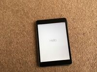 iPad gen 2 wi fi 16 gig mint condition, box and charger