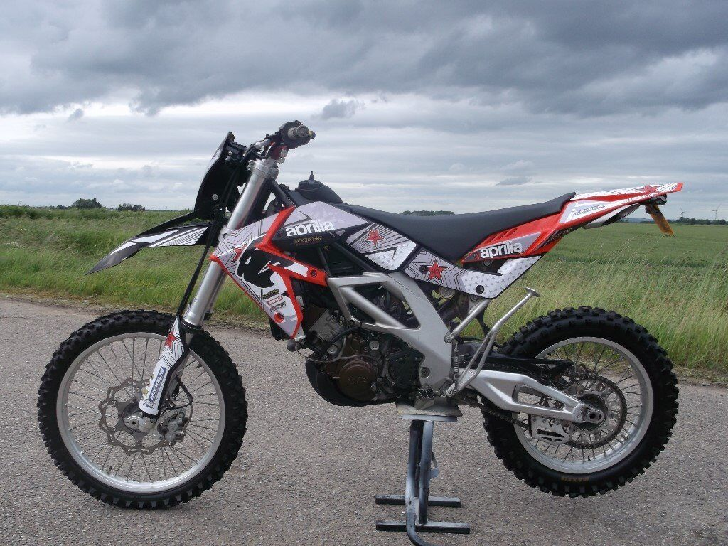 Aprilia RXV 550 enduro bike.