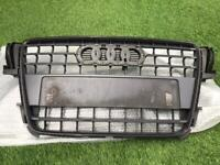 Genuine Audi A5 coupe front grille in good condition - BARGAIN £42 O.N.O