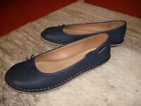 Ladies Navy Leather Shoes