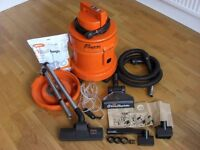 VAX Rapide Plus 5130 wet and dry vacuum cleaner/carpet shampooer