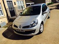 RENAULT CLIO DYNAMIQUE 1.4 FACELIFT CLUTCH AND TIMING BELT DONE DRIVES PERFECT.