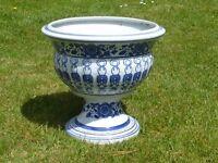 Elegant Blue & White Pedestal Garden Planter Ceramic Garden Planter 33cm Tall