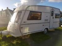 Vanroyce 450 EK caravan 2 berth