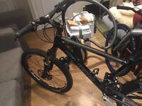 Cube downhill bike new condition mx