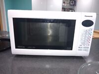 Panasonic Microwave NN-CT559W (Convection Oven and Grill)