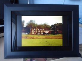 """Digital Photo Frame, Kodak Easy Share 10"""" EX1011, with power lead, remote and disc."""